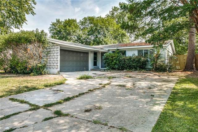 2907 Lowell Drive, Irving, TX 75062 (MLS #14156191) :: Ann Carr Real Estate