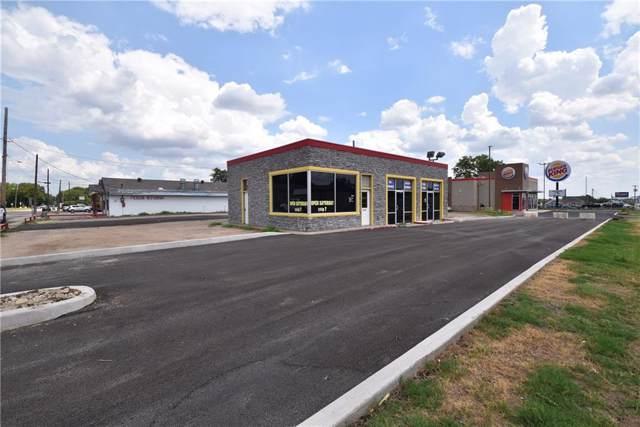 201 S Waco Street, Hillsboro, TX 76645 (MLS #14156815) :: Caine Premier Properties