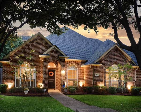 3332 Pecan Hollow Court, Grapevine, TX 76051 (MLS #14156926) :: Ann Carr Real Estate