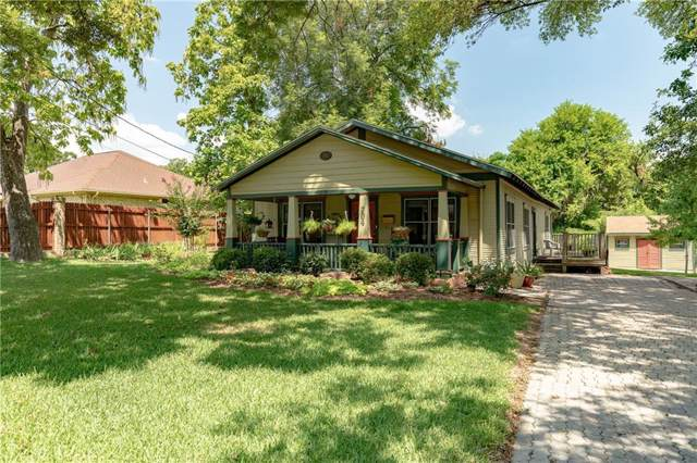 704 W College Street, Grapevine, TX 76051 (MLS #14157861) :: Team Hodnett