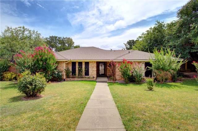 1902 Wedgewood Drive, Grand Prairie, TX 75050 (MLS #14158386) :: Kimberly Davis & Associates