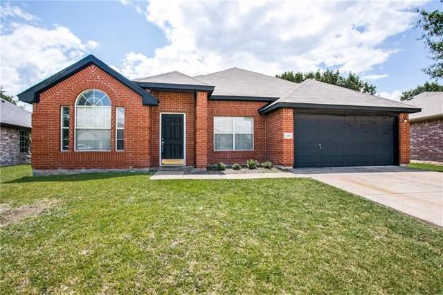 210 Creek Point Lane, Arlington, TX 76002 (MLS #14158510) :: Vibrant Real Estate