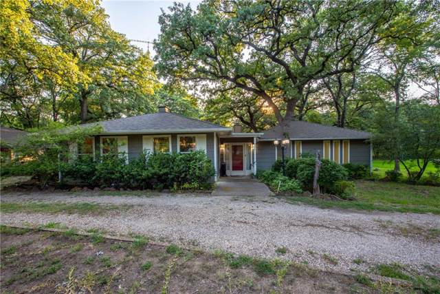 302 Comanche Drive, Lake Kiowa, TX 76240 (MLS #14159228) :: The Welch Team