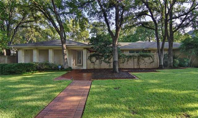 1021 Normandy Drive, Graham, TX 76450 (MLS #14159312) :: RE/MAX Town & Country