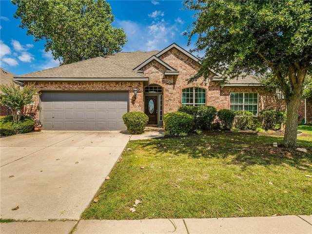 10404 Bear Creek Trail, Fort Worth, TX 76244 (MLS #14159419) :: Kimberly Davis & Associates