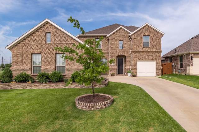 4533 Wilderness Pass, Fort Worth, TX 76262 (MLS #14159540) :: The Paula Jones Team | RE/MAX of Abilene