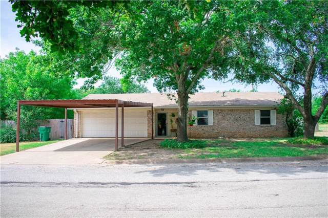 1120 E Ross Street, Hamilton, TX 76531 (MLS #14159645) :: RE/MAX Town & Country