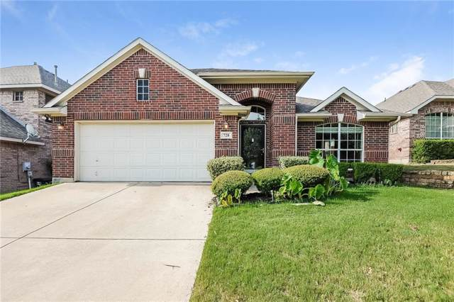 728 Red Elm Lane, Fort Worth, TX 76131 (MLS #14160147) :: RE/MAX Town & Country