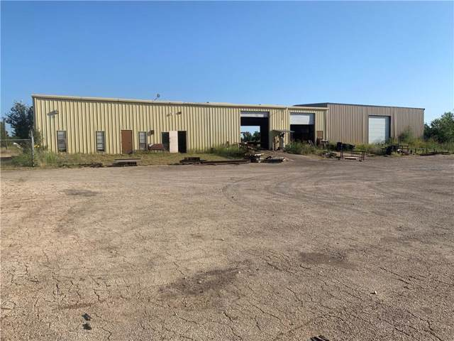324 Sam Houston Street, Mineral Wells, TX 76067 (MLS #14160402) :: The Real Estate Station