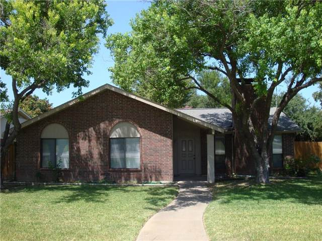 3117 Royal Oaks Drive, Plano, TX 75074 (MLS #14161330) :: Tenesha Lusk Realty Group