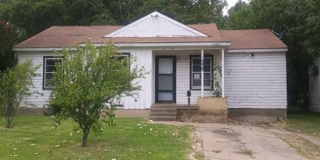 1330 Biggs Terrace, Arlington, TX 76010 (MLS #14162240) :: The Paula Jones Team | RE/MAX of Abilene
