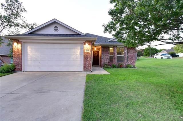 10420 Trevino Lane, Benbrook, TX 76126 (MLS #14162295) :: The Heyl Group at Keller Williams