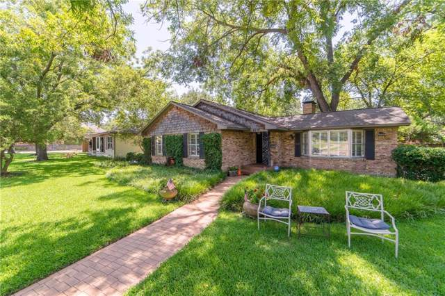 9730 Forestridge Drive, Dallas, TX 75238 (MLS #14162426) :: NewHomePrograms.com LLC