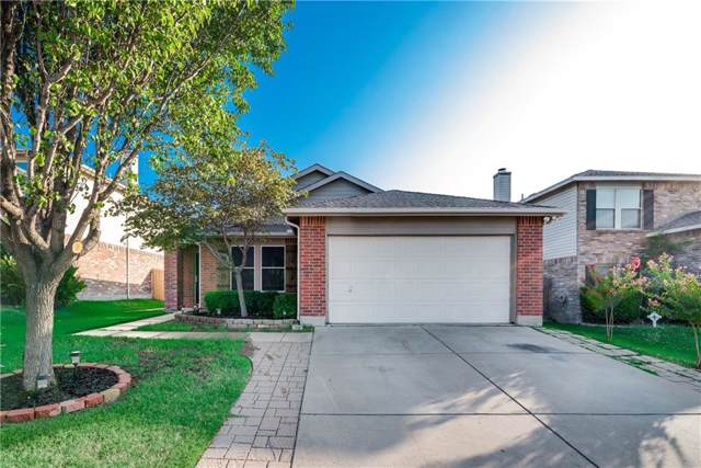 5252 New Castleton Lane, Fort Worth, TX 76135 (MLS #14162883) :: Hargrove Realty Group