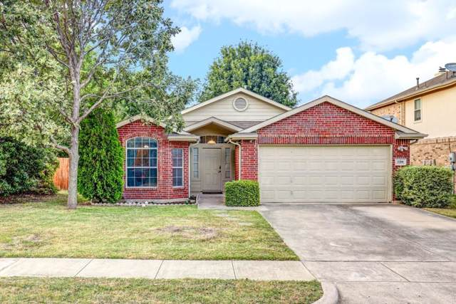 720 Cardinal Drive, Saginaw, TX 76131 (MLS #14163151) :: Ann Carr Real Estate