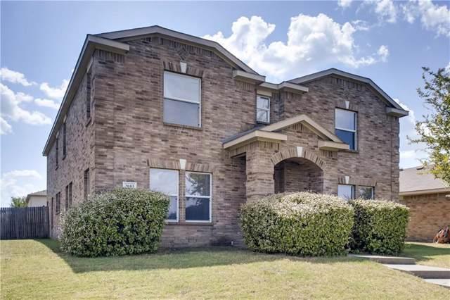 3005 Helen Lane, Mesquite, TX 75181 (MLS #14163226) :: The Paula Jones Team | RE/MAX of Abilene