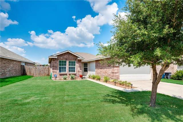 12508 Foxpaw Trail, Fort Worth, TX 76244 (MLS #14163888) :: Frankie Arthur Real Estate