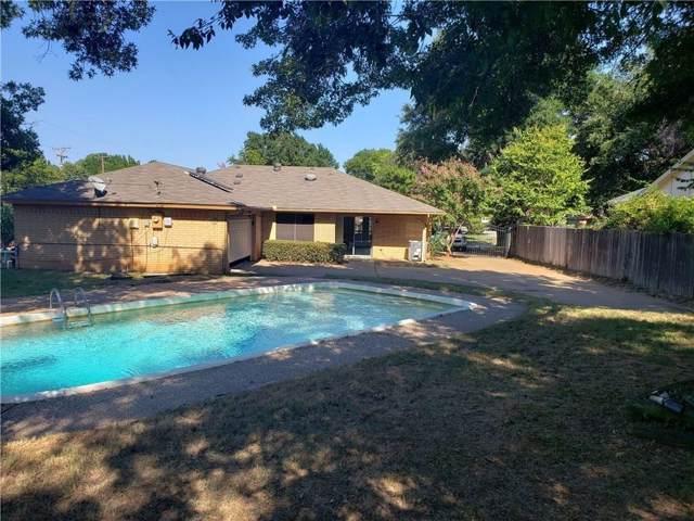 2961 Red Bird Lane, Grapevine, TX 76051 (MLS #14163912) :: Frankie Arthur Real Estate