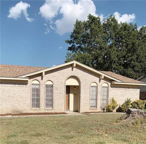 1107 Johnson Street, Benbrook, TX 76126 (MLS #14164084) :: Team Hodnett