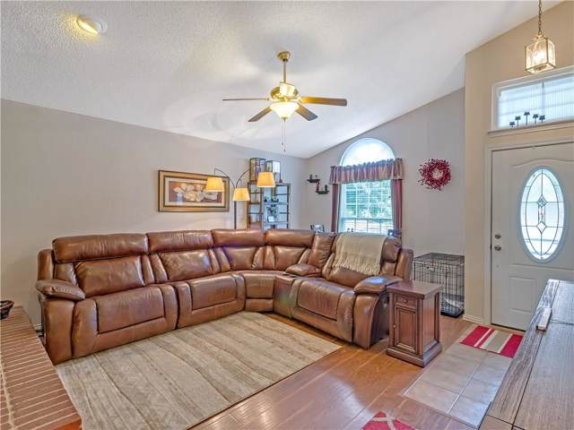 4306 Walsh Lane, Grand Prairie, TX 75052 (MLS #14164190) :: Vibrant Real Estate