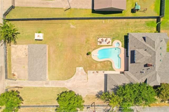 2322 Sunnyvale Road, Grand Prairie, TX 75050 (MLS #14164452) :: The Hornburg Real Estate Group