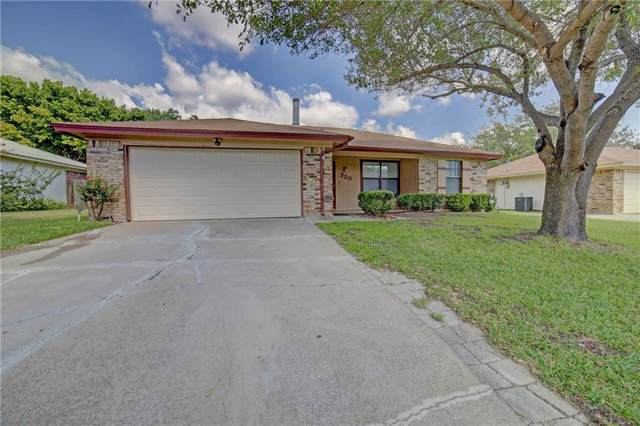 720 Vaughn Drive, Burleson, TX 76028 (MLS #14164653) :: The Mitchell Group