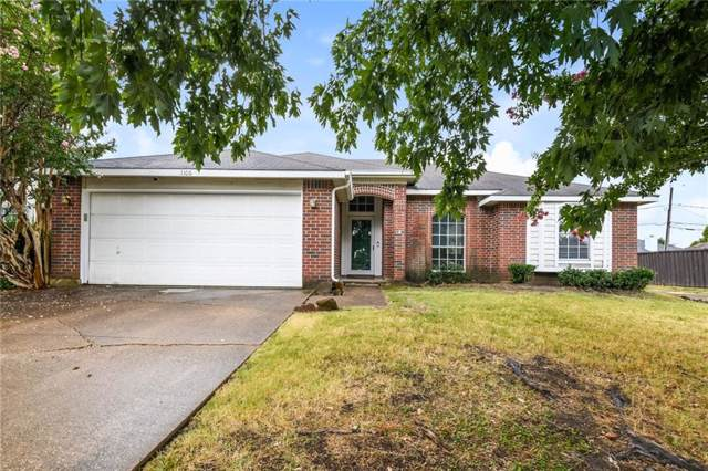 1106 Orangewood Lane, Arlington, TX 76001 (MLS #14164929) :: The Heyl Group at Keller Williams
