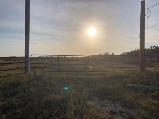 37100 County Road, Sumner, TX 75486 (MLS #14165077) :: Ann Carr Real Estate