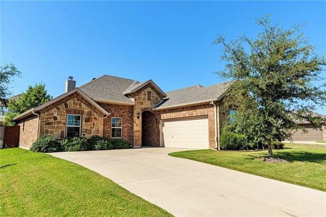 706 Adams Street, Waxahachie, TX 75165 (MLS #14165325) :: All Cities Realty