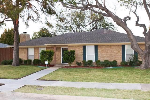 1823 Kensington Drive, Carrollton, TX 75007 (MLS #14165652) :: Tenesha Lusk Realty Group