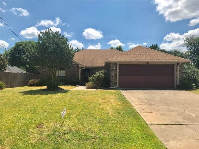 7 Chapel Hill Court, Mansfield, TX 76063 (MLS #14165780) :: Tenesha Lusk Realty Group