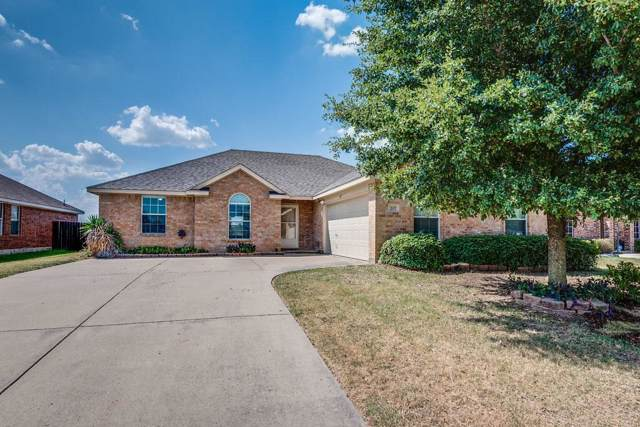 207 Shadow Bend Drive, Red Oak, TX 75154 (MLS #14165818) :: Tanika Donnell Realty Group