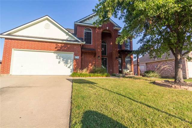 2808 Hollis Drive, Corinth, TX 76210 (MLS #14165824) :: The Heyl Group at Keller Williams