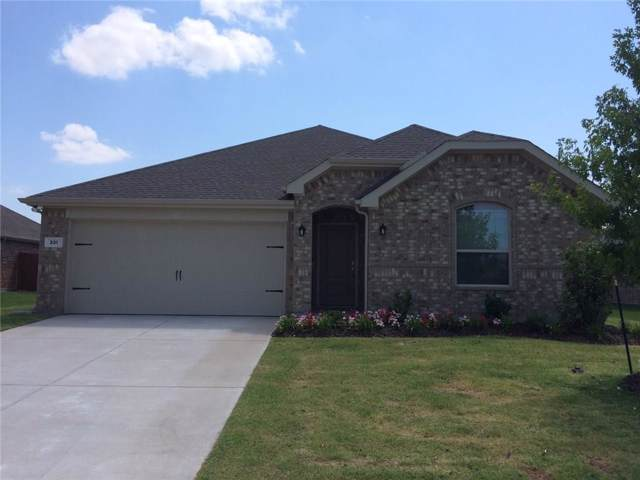 331 Blanco Drive, Forney, TX 75126 (MLS #14165883) :: The Heyl Group at Keller Williams