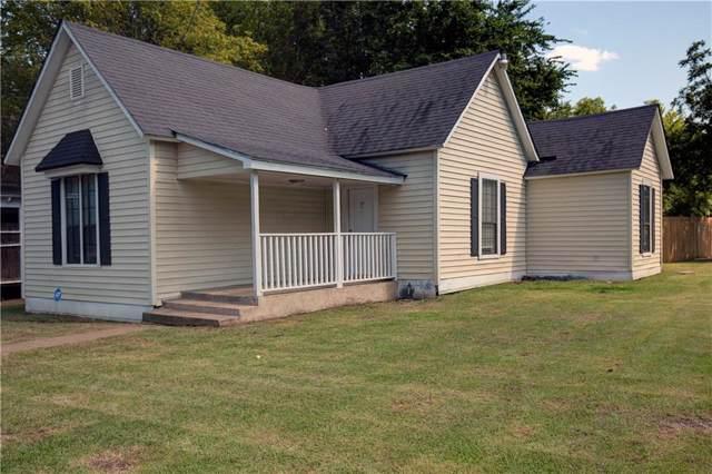 830 W Bond Street, Denison, TX 75020 (MLS #14165902) :: Tenesha Lusk Realty Group