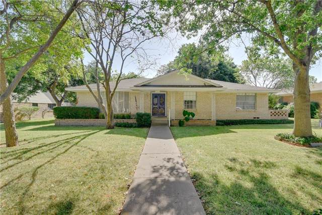 824 Misty Glen Drive, Desoto, TX 75115 (MLS #14166244) :: The Sarah Padgett Team