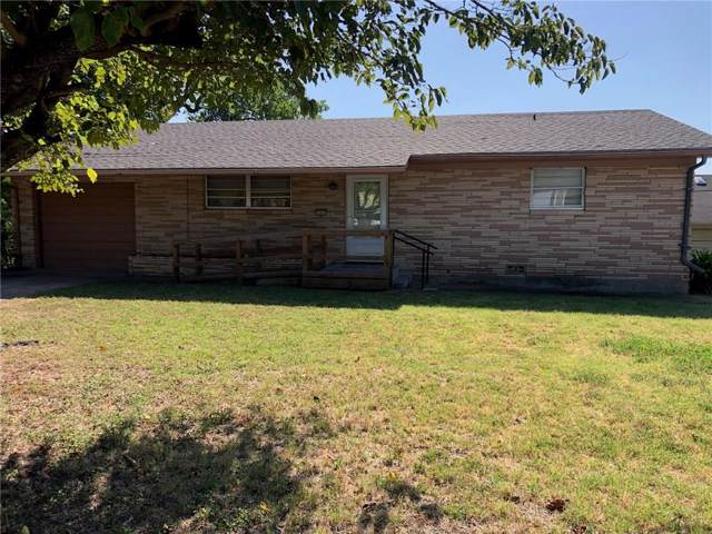 103 Oakwood Drive, Keene, TX 76059 (MLS #14166364) :: The Hornburg Real Estate Group