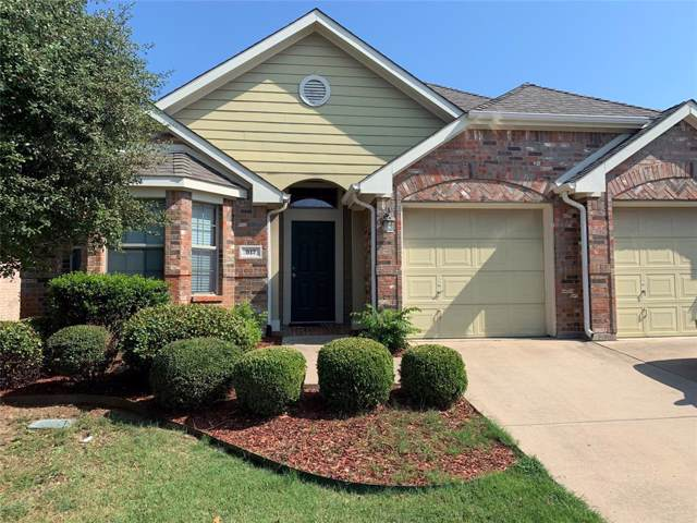 917 Lake Worth Trail, Little Elm, TX 75068 (MLS #14166459) :: Kimberly Davis & Associates