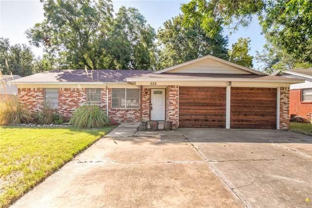 228 NE Moody Street, Burleson, TX 76028 (MLS #14166665) :: The Chad Smith Team