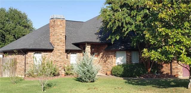 1611 Hyde Park Boulevard, Cleburne, TX 76033 (MLS #14166948) :: The Real Estate Station