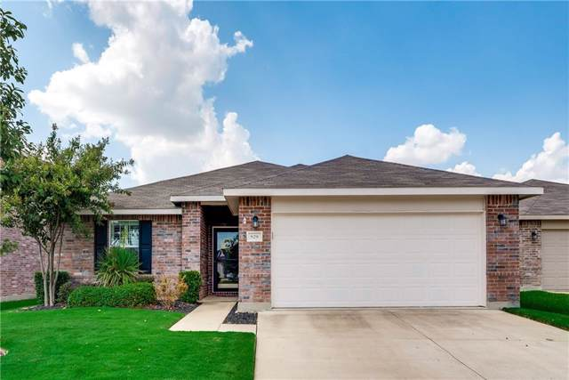 829 Underhill Drive, Arlington, TX 76002 (MLS #14167552) :: NewHomePrograms.com LLC