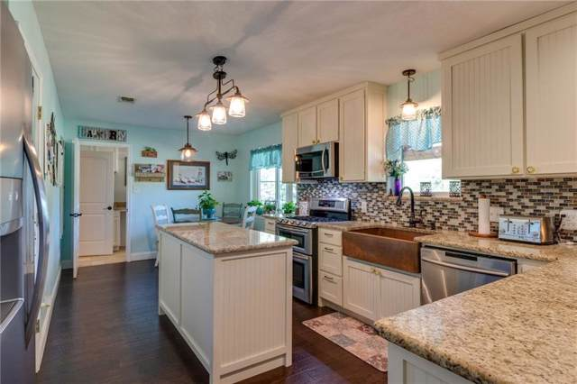 119 Colonial Parkway, Burleson, TX 76028 (MLS #14167690) :: Real Estate By Design