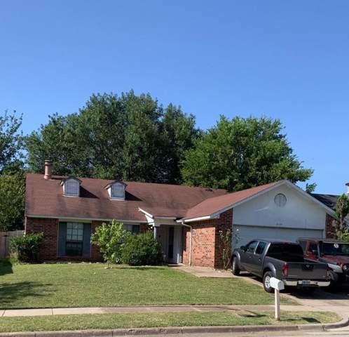 2114 Pennington Drive, Arlington, TX 76014 (MLS #14167961) :: The Paula Jones Team | RE/MAX of Abilene