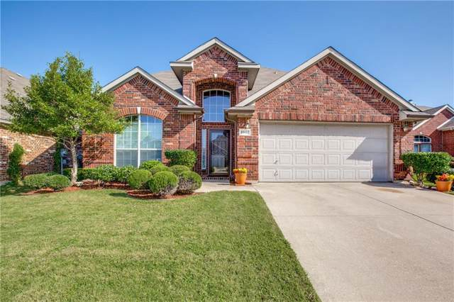 5907 Prairie View Court, Grand Prairie, TX 75052 (MLS #14167993) :: RE/MAX Landmark