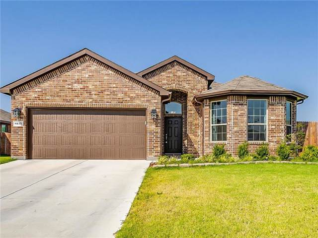 1833 Creekwood Drive, Cleburne, TX 76033 (MLS #14168936) :: The Heyl Group at Keller Williams