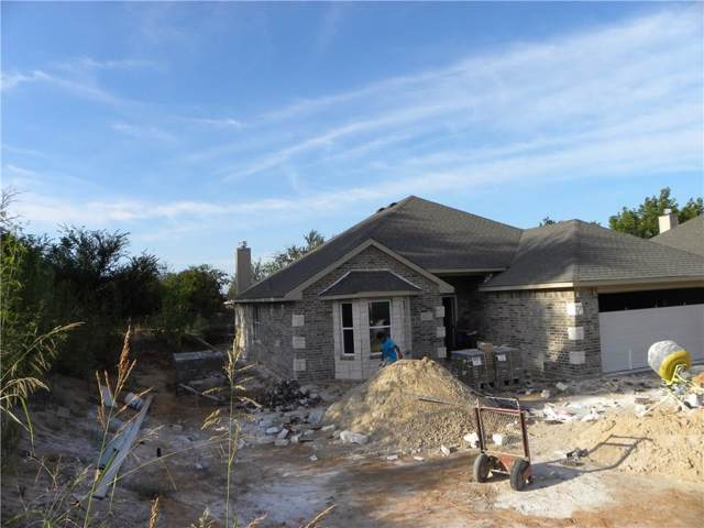 417 W 7th Street, Weatherford, TX 76086 (MLS #14169152) :: The Paula Jones Team | RE/MAX of Abilene