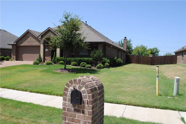 1403 Bricknell Drive, Glenn Heights, TX 75154 (MLS #14169251) :: Ann Carr Real Estate