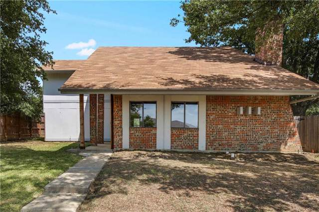 3702 Viewmont Drive, Carrollton, TX 75007 (MLS #14169406) :: Kimberly Davis & Associates