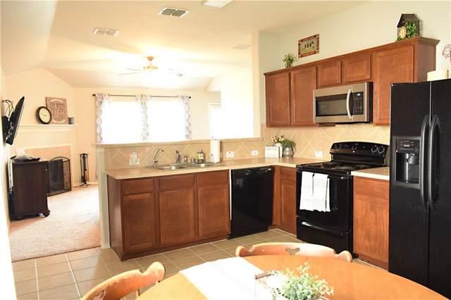 613 Rio Bravo Drive, Fort Worth, TX 76052 (MLS #14169625) :: Kimberly Davis & Associates