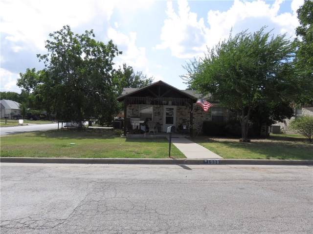 1908 SE 11th Avenue, Mineral Wells, TX 76067 (MLS #14169818) :: RE/MAX Town & Country
